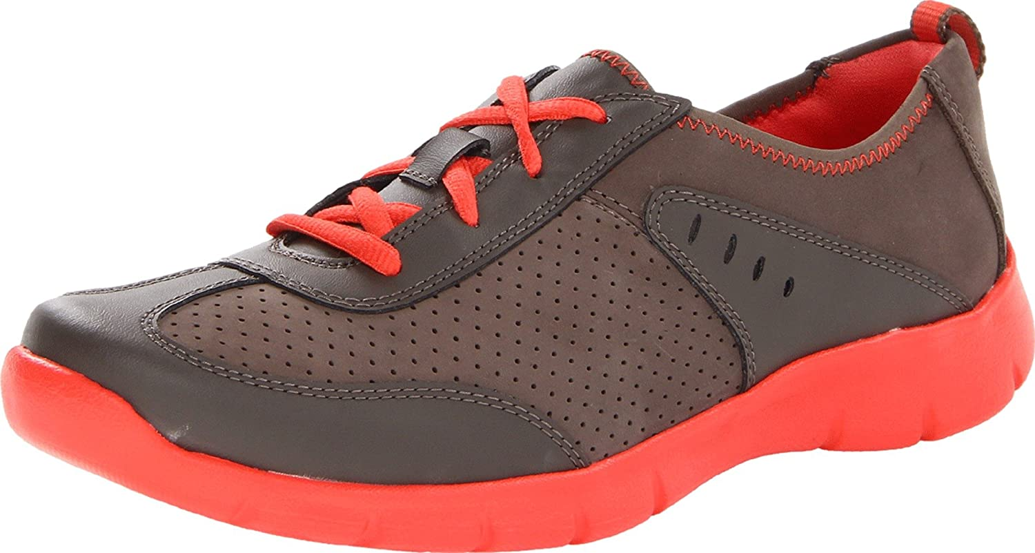 Clarks Women's Hedge Manor Lace-Up Fashion Sneaker