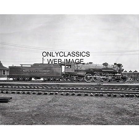 1895 STEAM TRAIN LOCOMOTIVE 721 WRECK CLEANUP CRASH 8X10 PHOTO RAILROAD STATION