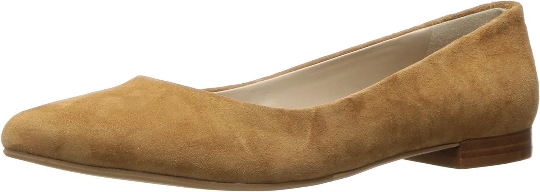 G.H. Bass & Co. Womens Kayla Pointed Toe Flat