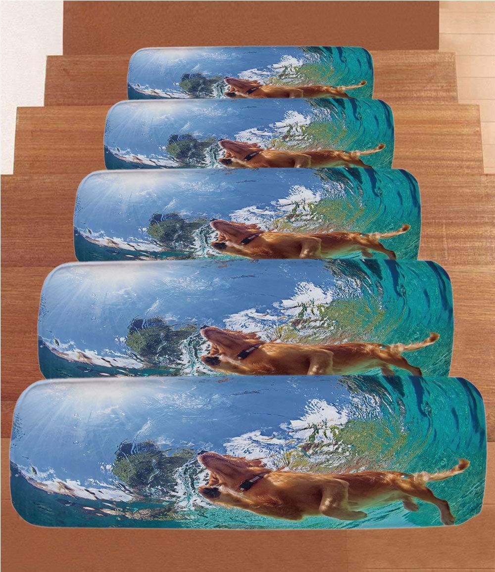 Divertidas alfombrillas de forro polar para escalera, foto submarina del labrador dorado que recupera a los cachorros nadando en la piscina, decoración feliz, (juego de 5) 8.6 x 27.5 pulgadas, color turquesa