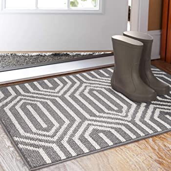Amazon Com Brighaus Large Outdoor Indoor Door Mat Non Slip Heavy Duty Front Welcome Doormat Rug Outside Patio Inside Entry Way Catches Dirt Dust Snow Mud Black White 24 X 35 Kitchen