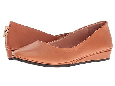French Sole Zeppa Flat (Caramel Nappa Leather) Women