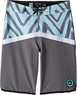 Quiksilver Kids Highline Techtonics Boardshorts (Big Kids)