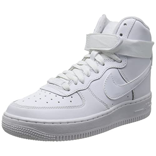 pretty nice cb3b6 639cb Nike Boys Air Force 1 High Basketball Shoes (7 M US Big Kid)