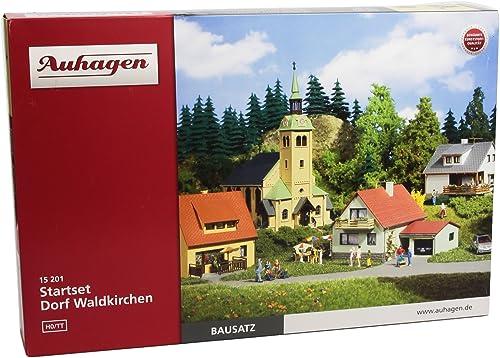Auhagen - 15201 - Modélisme Ferroviaire - BatiHommest - Kit De Base Village De Waldkirchen, Ho TT