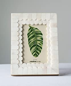 "Creative Co-op White Scalloped Bone & Wood Holds 4"" x 6"" Photo Frame"