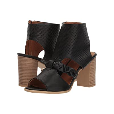 Spring Step Farrah (Black) Women