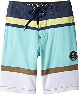 "VISSLA Kids Waterline Four-Way Stretch Boardshorts 17"" (Big Kids)"