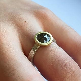 Bellissimo anello in oro 18 carati e argento. Anello di fidanzamento con grande diamante tondo rosa fuoco opaco, diametro ...
