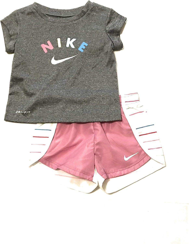 Nike Infant Girls' T-Shirt and Shorts Set Magic Flamingo 12 Mont
