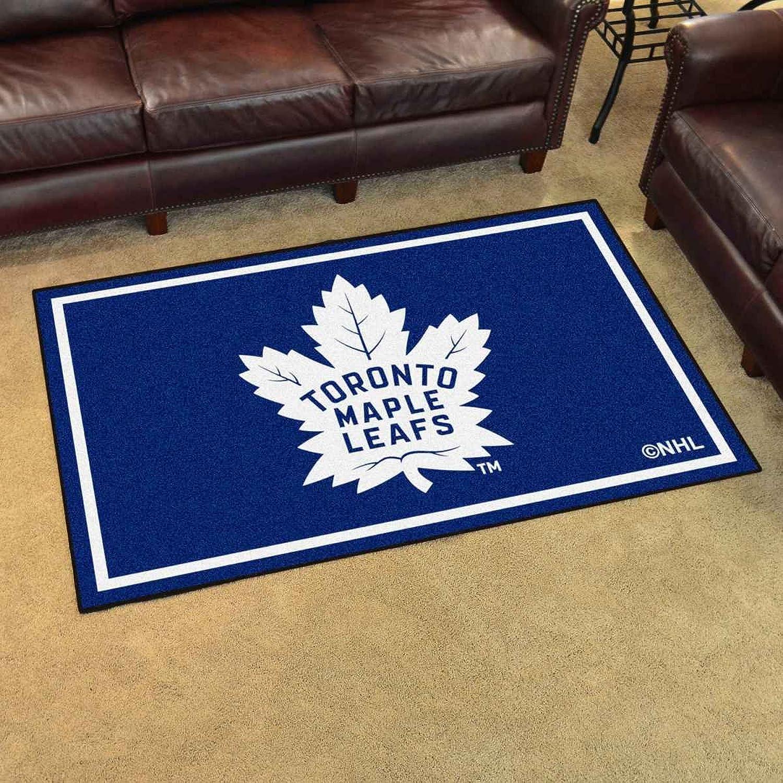 NHL Tgoldnto Maple Leafs 4x6 Hockey Area Floor Rug