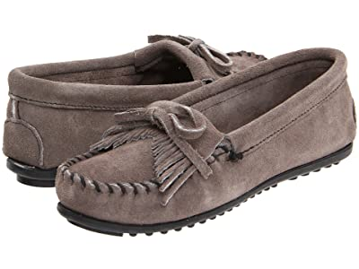 Minnetonka Kilty Suede Moc (Medium Grey Suede) Women