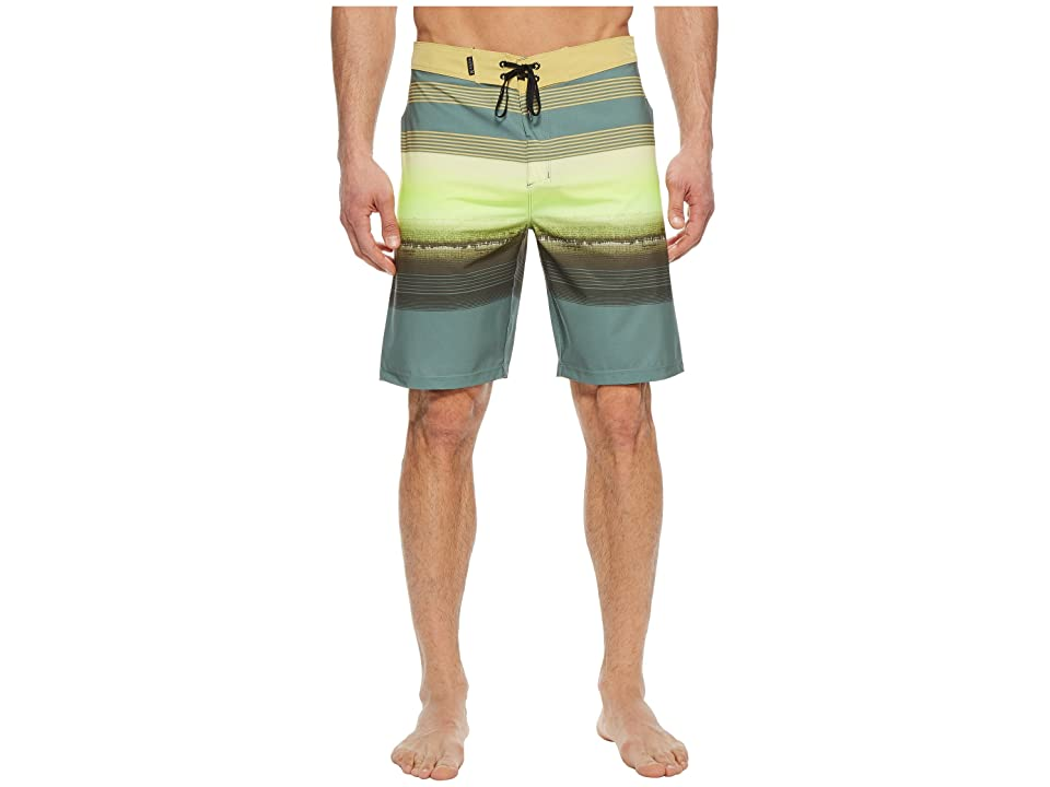 Hurley Phantom Gaviota 20 Boardshorts (Clay Green) Men c9909a18c46