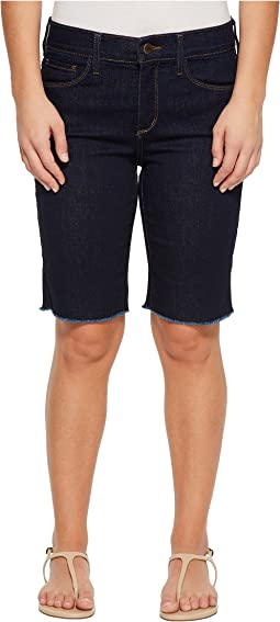 Petite Briella Shorts w/ Fray Hem in Rinse