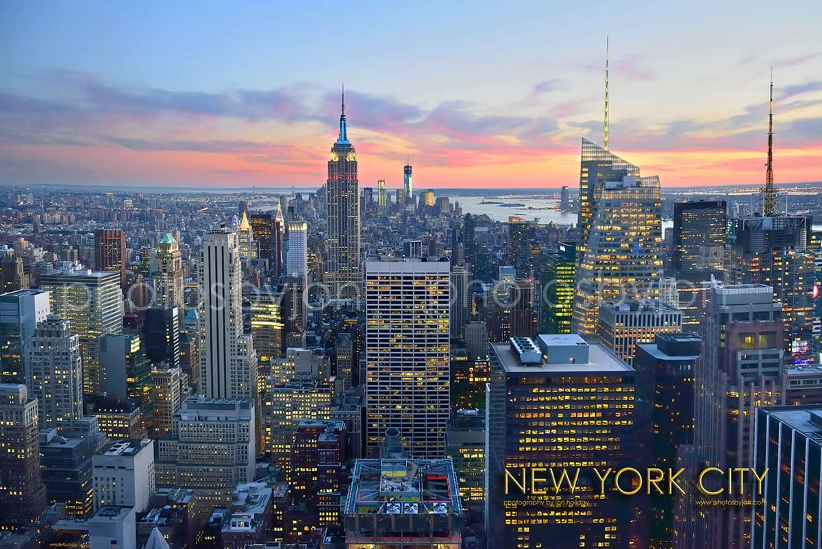 Photosbyjon New York City Nyc Skyline Dusk 20 Inches X 30 Inches Manhattan Midtown Empire State Downtown Color Photographic Panorama Poster Print Photo Picture Standard Frame Size Posters Prints
