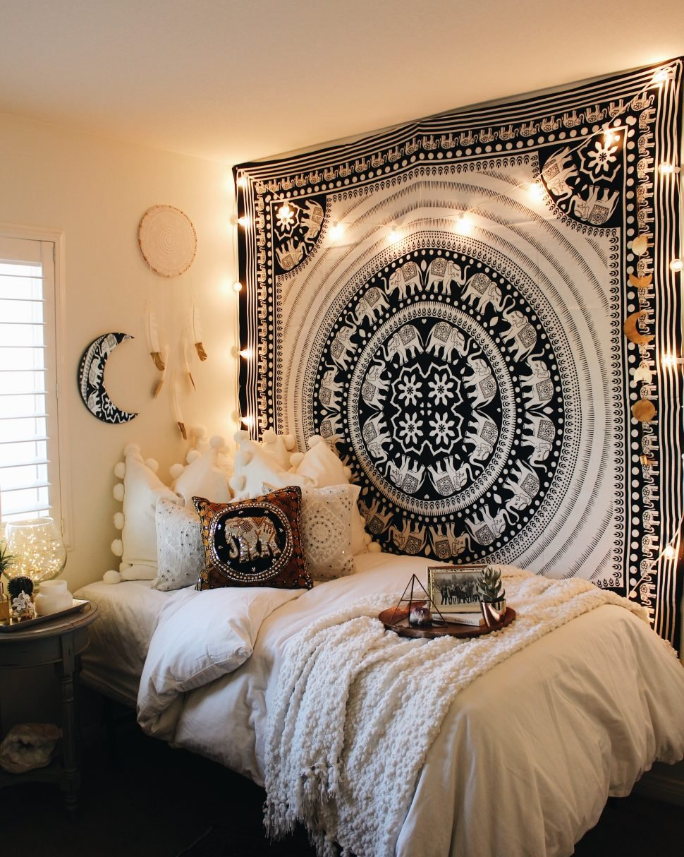Amazon Com Elephant Tapestry Indian Wall Decor Hippie Mandala Tapestry Boho Tapestry White Color Wall Hanging By Diyana Impex Black And White Everything Else