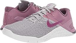 Atmosphere Grey True Berry Plum Dust. 124. Nike. Metcon 4 XD b312c7bea