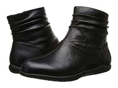 SoftWalk Hanover (Black Soft Nappa Leather) Women