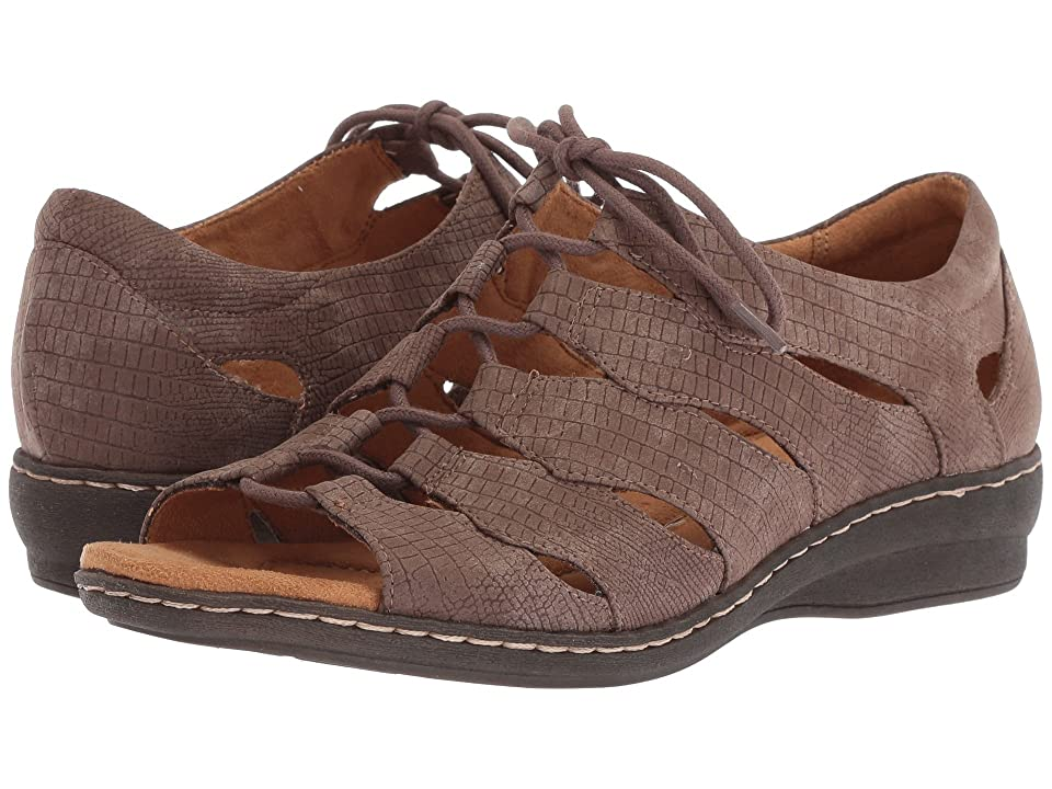 SOUL Naturalizer Beatrice (Chocolate Embossed Smooth) Women