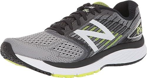 New Balance Men's 860v9 Running Shoe.