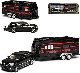 Motormax Dodge Magnum LX Kombi Schwarz 2004 2008 mit Wohnwagen 1/43 Modell Auto mit individiuellem Wunschkennzeichen