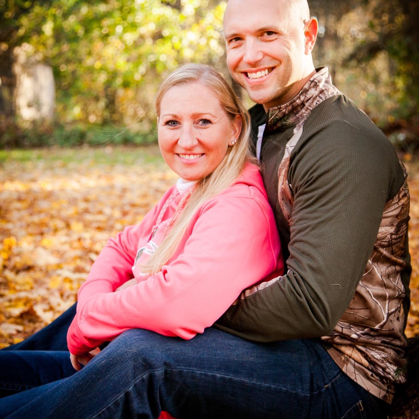 Lisa DeVisser and Travis Thompson - Wedding Registry - Amazon.com