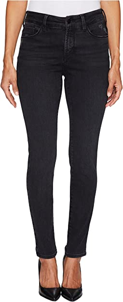 NYDJ Petite Petite Uplift Alina Legging Jeans in Future Fit Denim in Campaign