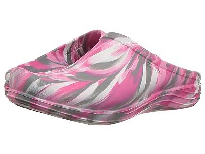 Aetrex Lynco Clog (Pink Camo) Women