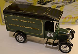 Matchbox Dinky Collectibles 1926 Ford TT Van The NY City Police Department Green1:43 Scale Die Cast Car