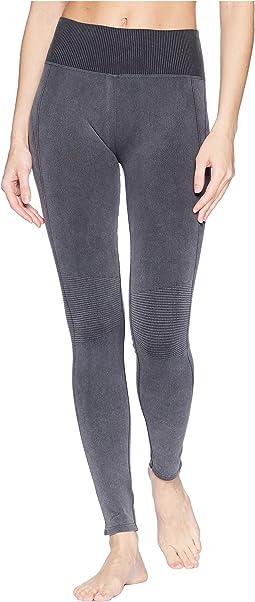 Studio Distressed Seamless Leggings