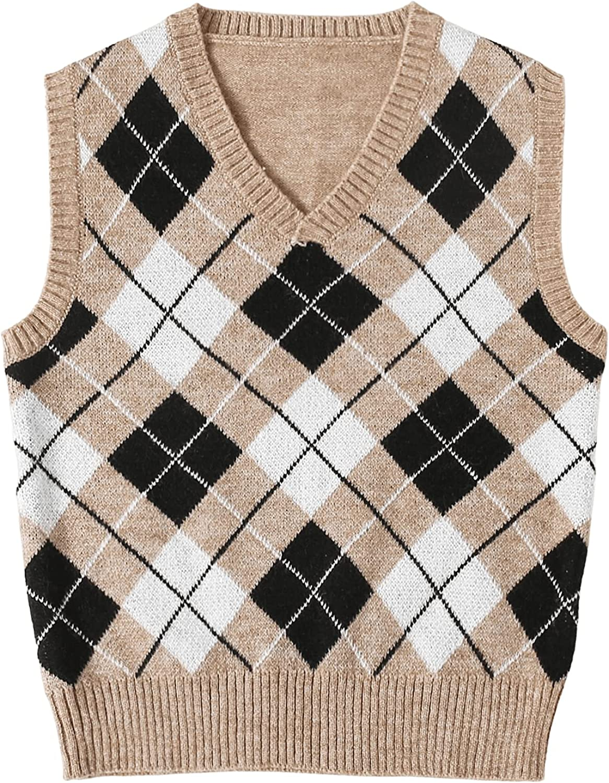 MakeMeChic Women's Plus Size Argyle Print V Neck Sleeveless Sweater Vest Top