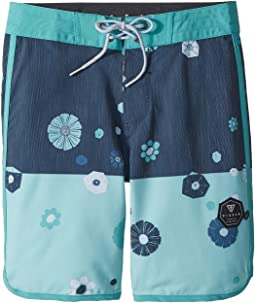 "VISSLA Kids Creators 4-Way Stretch Boardshorts 17"" (Big Kids)"