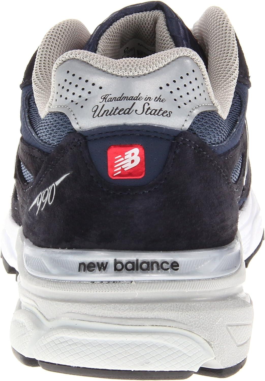 990 V3 Sneaker
