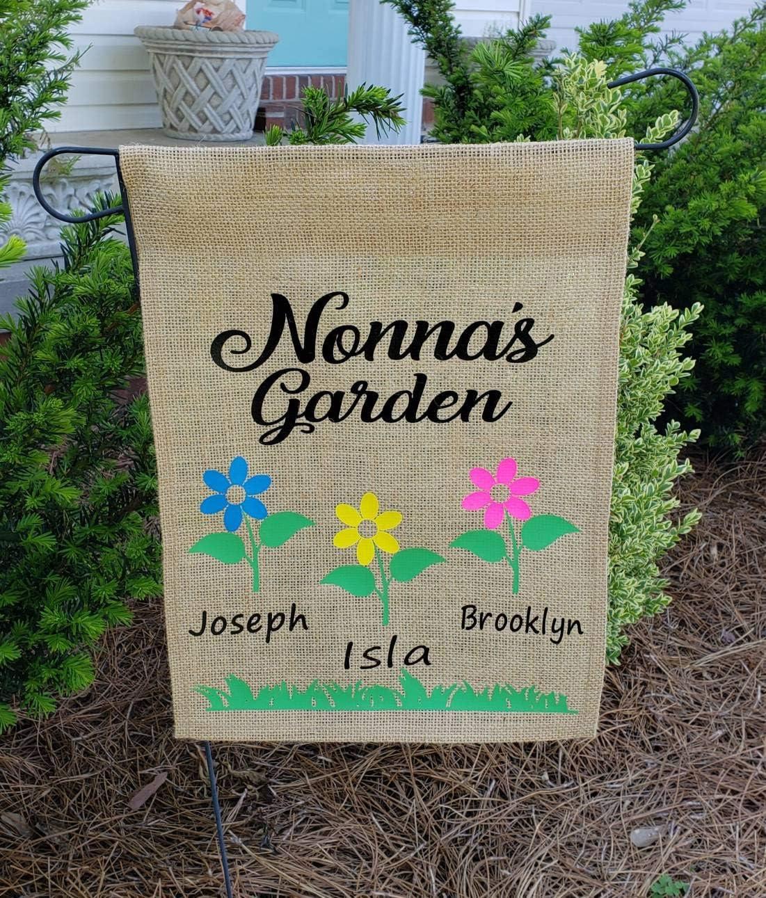 NicePodLLC Personalized Garden Flag-Gigi/Nonnas/Mimi/Mom/Nana/Grandma/Mum/Mawmaw Garden Burlap Flag with Grandkid Names-Mothers Day-Grandparent Gift-Summer Decor-Flower Garden-Perfect