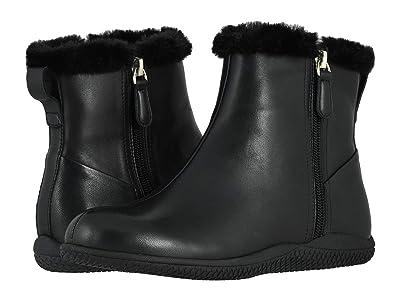 SoftWalk Helena (Black Leather) Women