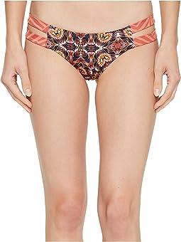 Billabong Sun Tribe Isla Bikini Bottom