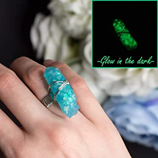 Guardian Angel anello cristallo magico che si illumina al buio color verde acqua portafortuna in resina, regalo perfetto p...