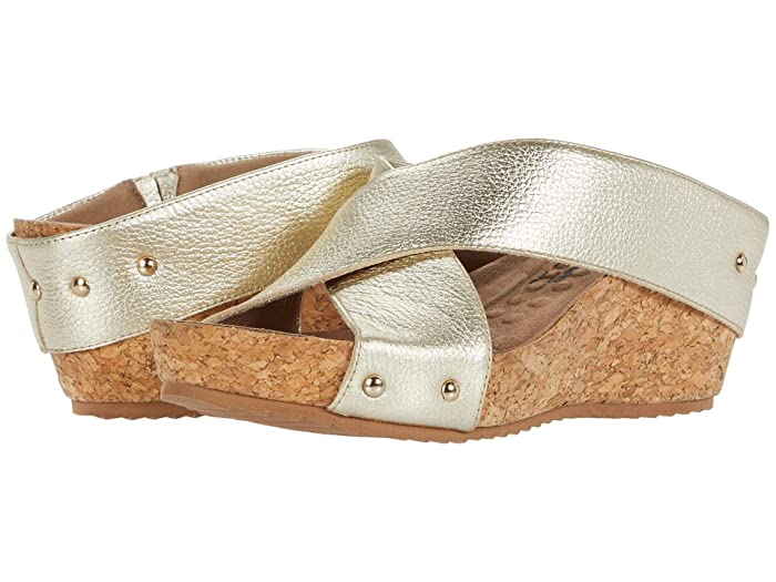 Walking Cradles  Taralynn (Bright Gold Soft Tumbled Leather) Womens  Shoes