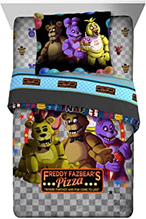 Five Nights At Freddy's Pizza Security 5-Piece Twin Comforter and Sheet Set Bedding Collection