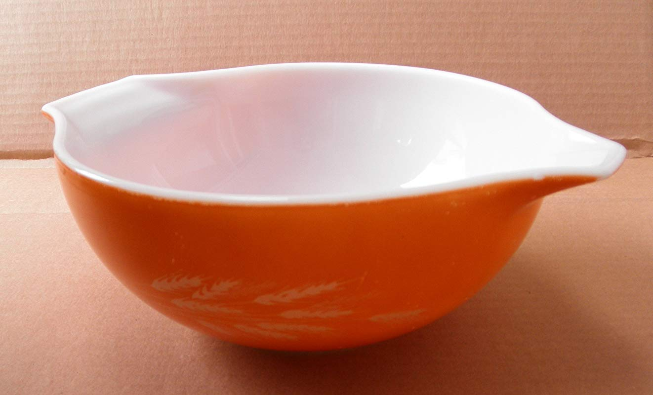 Vintage Pyrex 443 Harvest Wheat Cinderella Mixing Bowl 2 5 Liters 8 3 4 Inches In Diameter X 3 3 4 Inches Tall