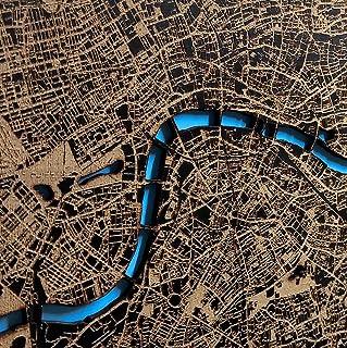 Mapa de cualquier ciudad. Mapa grabado en madera pueblo, ciudad o país con el fondo corte del río o lago pintado a mano en...