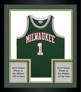 Framed Oscar Robertson Milwaukee Bucks Autographed Mitchell & Ness Green Replica Jersey - Fanatics Authentic Certified
