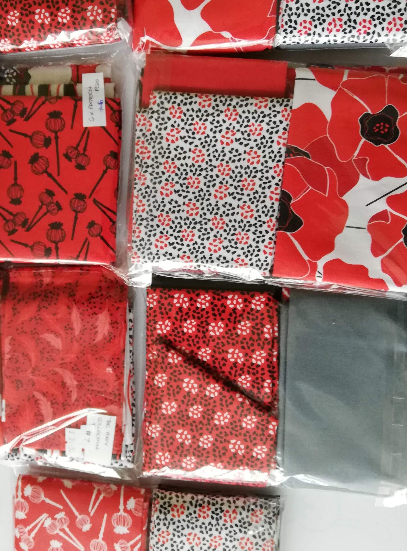 15 Fat Quarters 1 Panel Autumn Splendor by Barb Tortillotte from Clothworks Cotton Quilt Fabric