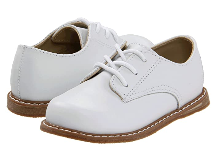 Vintage Style Children's Clothing: Girls, Boys, Baby, Toddler Baby Deer Drew InfantToddler White Boys Shoes $48.00 AT vintagedancer.com