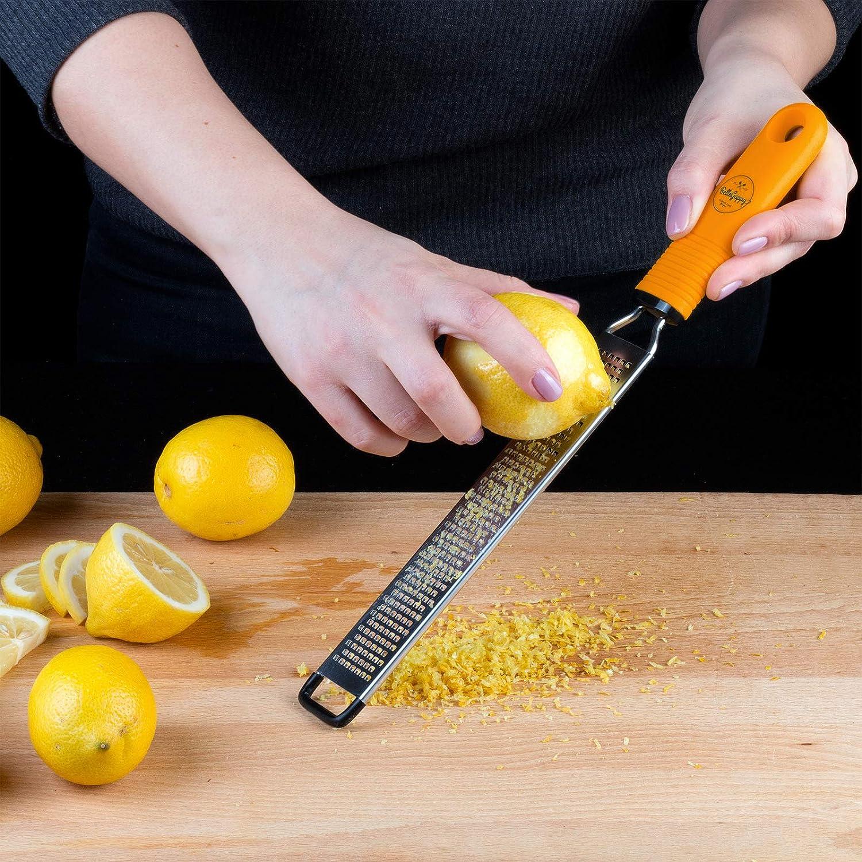 Professional Zesting tool for Parmesan Chocolate Citrus Ginger Garlic BelleGuppy Lemon Zester /& Cheese Grater Dishwasher Save Nutmeg Fruits Razor-Sharp Stainless Steel Blade Protective cover