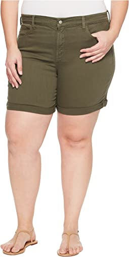 Plue Size Avery Shorts in Topiary