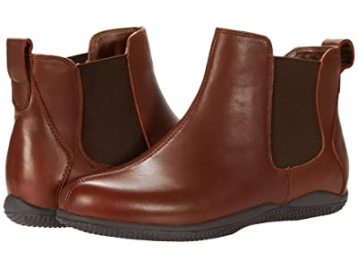 SoftWalk Highland (Saddle Leather) Women