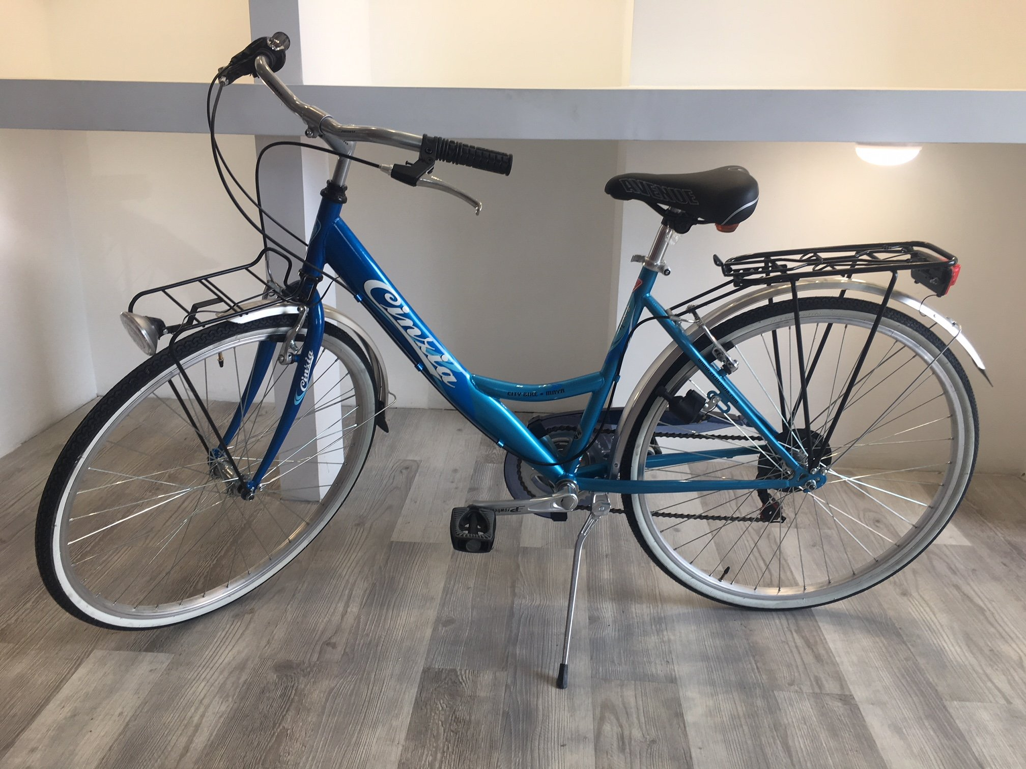 Bicicleta Bicicleta 26 Cinzia Maya con cambio 6 V, gris-negro ...