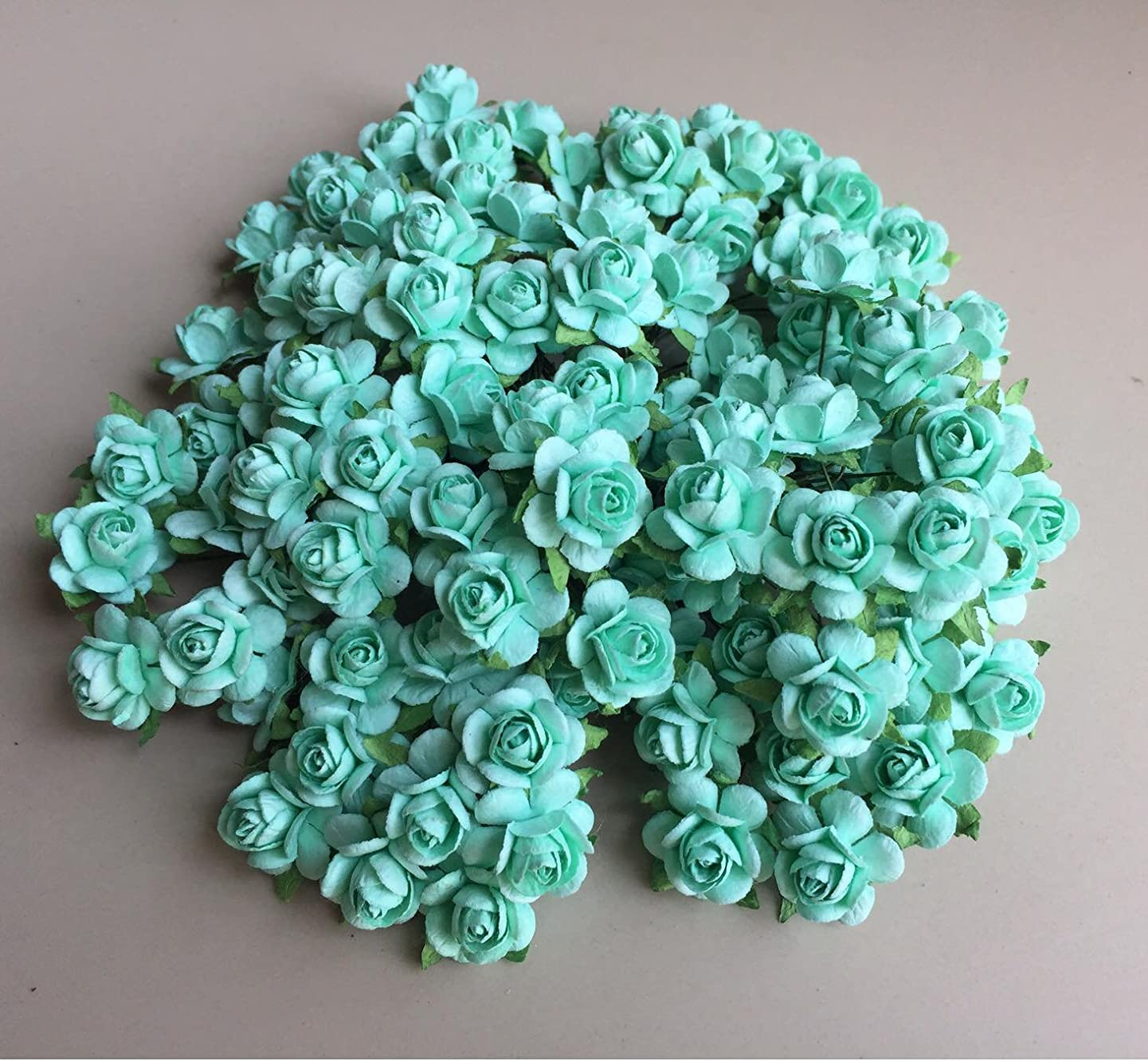 100 pcs mini Rose Green Color Wedding Flower Rose Mulberry Paper scrapbooking wedding dollhouse supplies card Flower 15mm By' Thai decorated