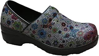 Savvy Footwear Nursing Shoes & Professional Clogs for Women